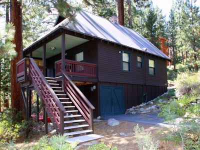 Photo for 2 bedroom, 1 bath, sleeps 4. North Shore of Donner Lake: DLR#032