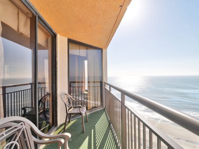 Photo for Oceanfront Condo with spectacular views of the ocean
