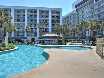 Photo for Gulf Shores Resort Condo w/Private Beach Access!