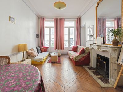 Photo for Charming flat at the heart of Paris, Halles / Marais districts - Welkeys