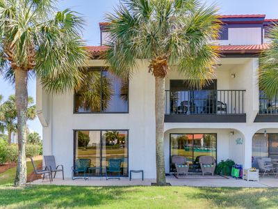 Photo for Beautiful and spacious 2 BR 2 BA condo with awesome amenities! Great rates!
