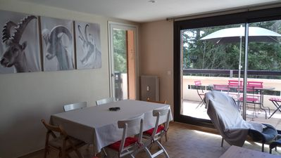 Photo for Pleasant T3 of 70m2 and its sunny terrace at 5 min walk from the city center.