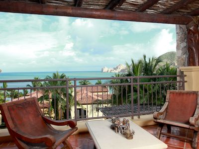 Photo for Perfect Beachfront, Pools, Spa, Walk to Cabo!