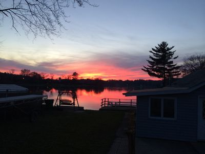 Lake Front Home on Beautiful Sunset Harbor - ON THE LAKE/  7 MILES FROM SKIING!