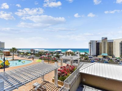 Photo for Marian's Haven at Laketown Wharf | NEW NEW NEW | Five Pools | Beautiful Beaches | FREE Fun Pass!!