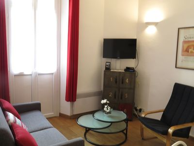 Photo for Lovely 1 Bedroom Apartment Rue Florian with balcony