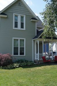 Beautiful Victorian Home Close to beaches-Close To Downtown/Shops/Restaurants