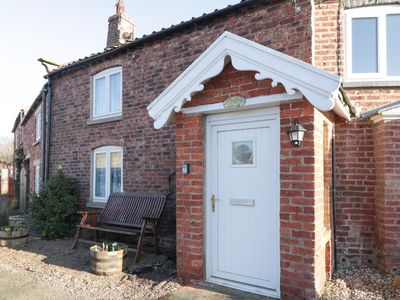 Photo for Appletree Cottage, MARTON