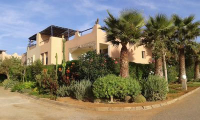 Photo for BEAUTIFUL VILLA SEASIDE IN RESIDENCE WITH SWIMMING POOL AND TENNIS WIFI