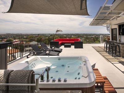 Photo for Modern 6BR House ⭐️City & Ocean Views from Jacuzzi
