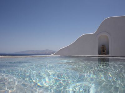 Photo for Villa Faith in Paros with privé jacuzzi