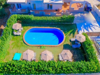 Photo for Vacation home Villa Klironomos in ALIKIANOS - 14 persons, 6 bedrooms