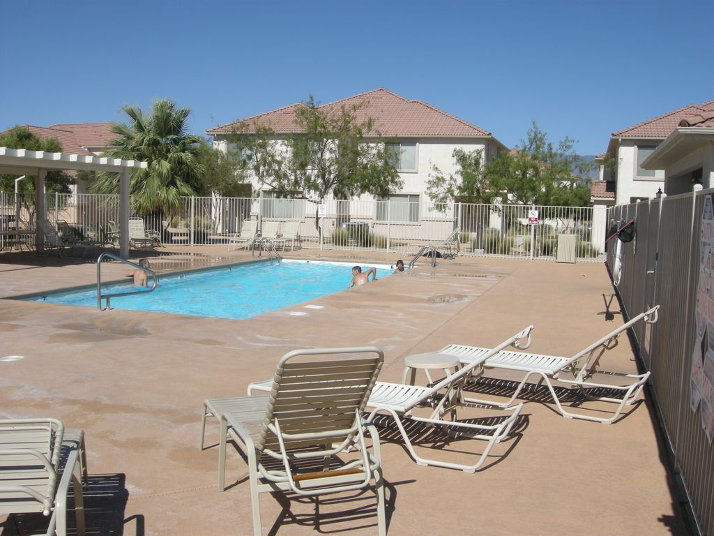 Quiet Central Location Swimming Pool Outside Free Wifi Mesquite