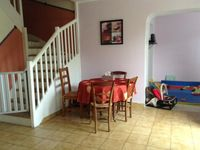 A lovely clean home. Valerie the owner went above and beyond to make our stay enjoyable.