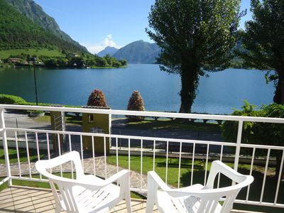 Photo for DIRECTLY ON THE BEACH / LAKE, apartment for 4 pers., Pool and garden, Villa Soghetta type S3