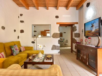 Photo for Vacation home Los Algodones Cottage with Pool in Ingenio - 8 persons, 4 bedrooms