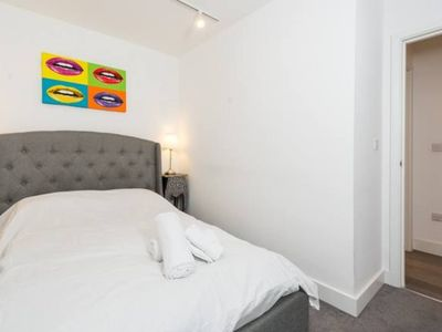 Photo for Cool & Funky London Flat (LM6)