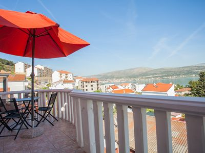 Photo for Sea-view Apartment Knezovic