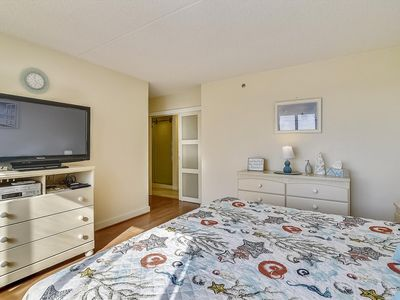 Photo for LINENS & DAILY ACTIVITIES INCLUDED!!! Gorgeous Unit! Steps Away From the Beautiful Atlantic Ocean