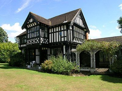 Photo for 4BR Cottage Vacation Rental in Ashford, Kent