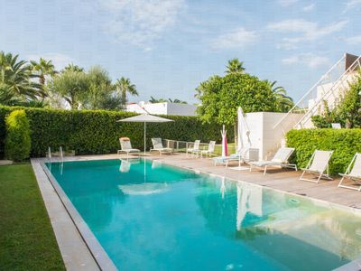 Photo for Luxury villa with pool in Puglia
