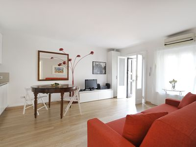 Photo for Modern 1bdr near Naviglio Grande, Milan