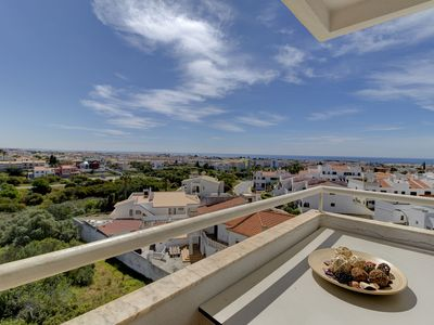 Photo for Apartment in Albufeira with 2 bedrooms sleeps 4