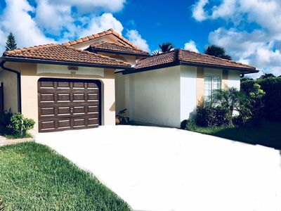 Photo for Beautiful South Florida home ready to accommodate 4 guests.