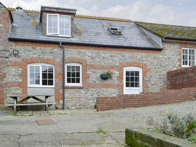 Photo for 2BR House Vacation Rental in Wootton Fitzpaine, near Charmouth