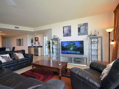 "Photo for NEW LISting! 50"" Smart TV  - Easy Access to Pools  - 1PM Check in Option"