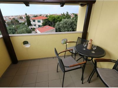 Photo for Apartment in the center of Novalja with Air conditioning, Parking, Balcony (649280)