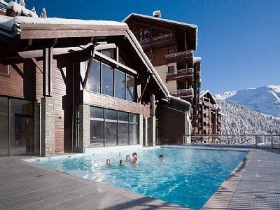 Photo for 5* Ski-In Ski-Out Apartment With Pool, Jacuzzi, Sauna, Gym & Wifi