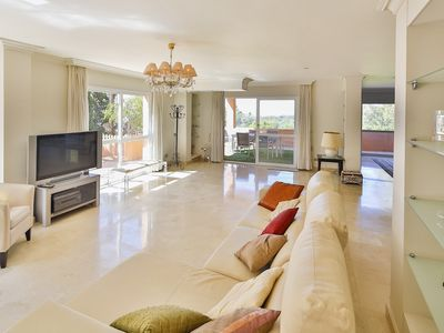 Photo for Luxurious 500m2 Property With 3 Floors and 3 Terraces in Marbella (LOM)