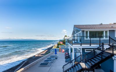 Photo for 1BR Condo Vacation Rental in Qualicum Beach, BC
