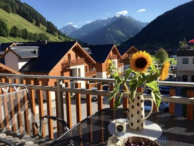 Photo for Luxury 3 - Bedroom Apartment with spectacular views of the Hohe Tauern