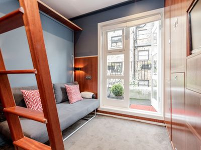 Photo for Amazing Studio with Balcony in Westminster