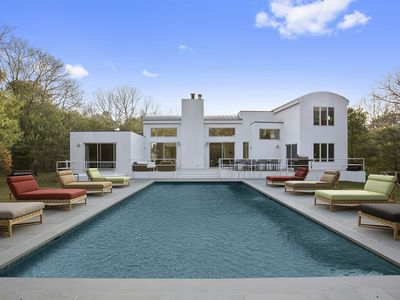 Photo for Newly renovated modern Hamptons house!
