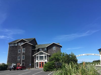 Photo for 2BR Condo Vacation Rental in Long Beach, Washington