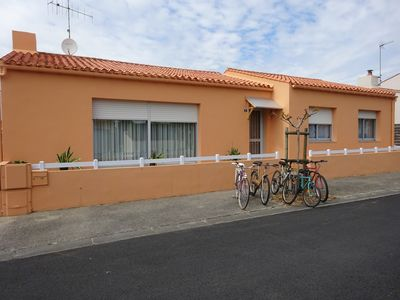 Photo for 90m2 house Les Sables d'Olonne garden / car park 900m from the marina.