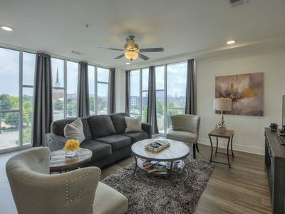 Photo for Top Floor Luxurious Downtown Condo- 2 bed/2 bth.  Wall of Windows #400