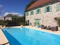 Fantastic hosts and great location to relax in an interesting part of France