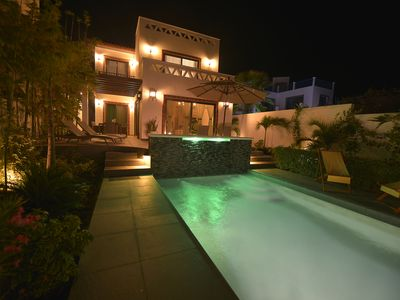 Photo for Luxurious New Spanish Colonia! 7th Night Free!
