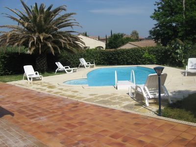 Photo for La Ciotat: spacious apartment with terrace in villa with pool and parking