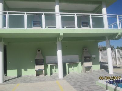 Photo for Apartment in condominium with swimming pool and barbecue on the beach of Maranduba