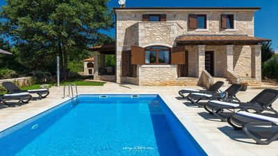 Photo for Family villa with pool near Porec
