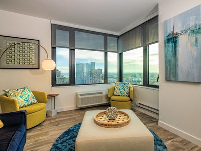 Photo for 35th Fl 2BR Apartment with Spectacular City Views