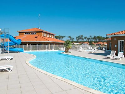 Photo for Parentis-en-Born Apartment, Sleeps 2 with Pool and WiFi