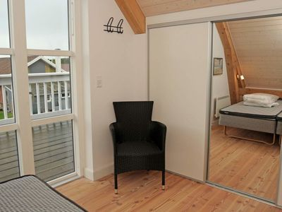 Photo for House 1.4 km from the center of Blåvand with Internet, Washing machine (93687)