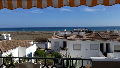 Photo for Casa do Limoeiro, 3 min from the beach, 1 from the pool and 10 from the historic town of Lagos