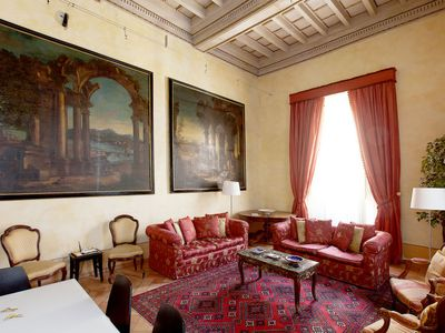 Photo for Apartment Pantheon Luxury in Roma: Centro Storico - 8 persons, 3 bedrooms